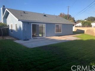 935 W 18th Street, Santa Ana, CA 92706 (#PW18236761) :: Better Living SoCal