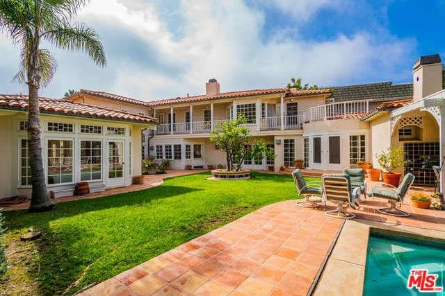 1445 Via Cresta, Pacific Palisades, CA 90272 (#18392332) :: Fred Sed Group