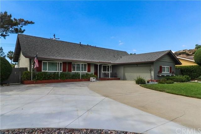 2325 W Silver Tree Road, Claremont, CA 91711 (#CV18238352) :: Mainstreet Realtors®