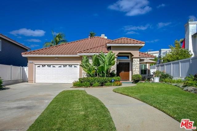2155 Crescent Drive, Signal Hill, CA 90755 (#18395634) :: Fred Sed Group
