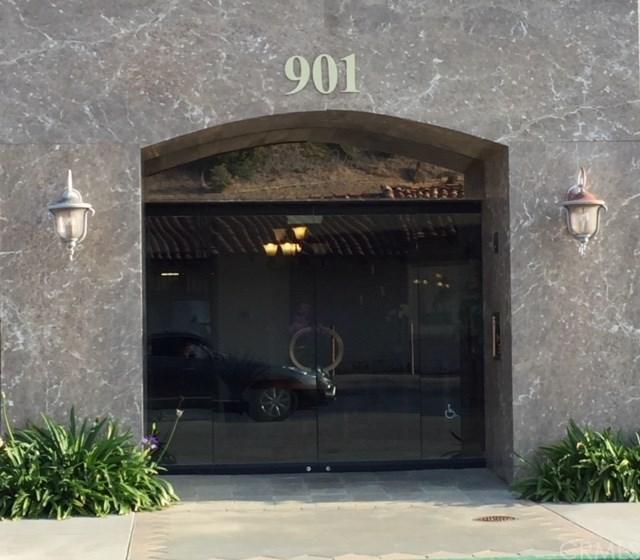 901 Deep Valley Drive #309, Rolling Hills Estates, CA 90274 (#SB18248430) :: Barnett Renderos