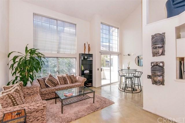11150 Glenoaks Boulevard #69, Pacoima, CA 91331 (#SR18247582) :: Mainstreet Realtors®
