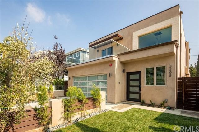 3208 Pacific Avenue, Manhattan Beach, CA 90266 (#SB18253050) :: Go Gabby