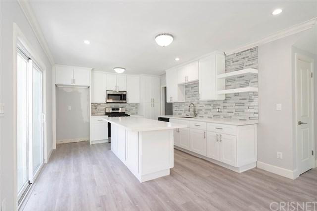 11157 Sunburst Street, Lakeview Terrace, CA 91342 (#SR18266371) :: Go Gabby