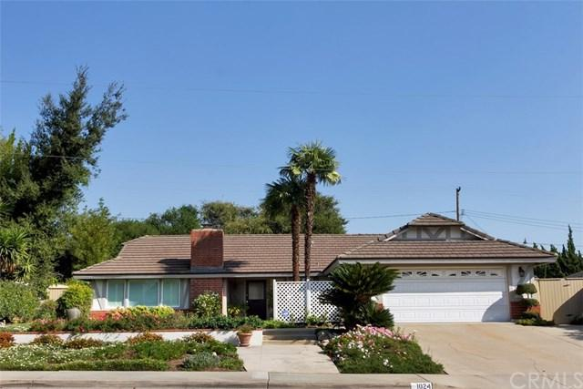 1024 Lake Forest Drive, Claremont, CA 91711 (#CV18267013) :: Mainstreet Realtors®