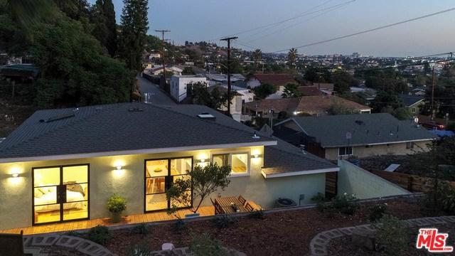 3003 Future Place, Los Angeles (City), CA 90065 (#18402342) :: Go Gabby