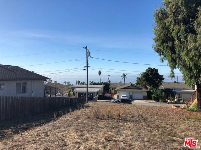 950 Tulare, Pismo Beach, CA 93449 (#18405682) :: Fred Sed Group