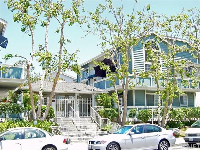 18427 Vincennes Street #19, Northridge, CA 91325 (#SR18274215) :: Go Gabby