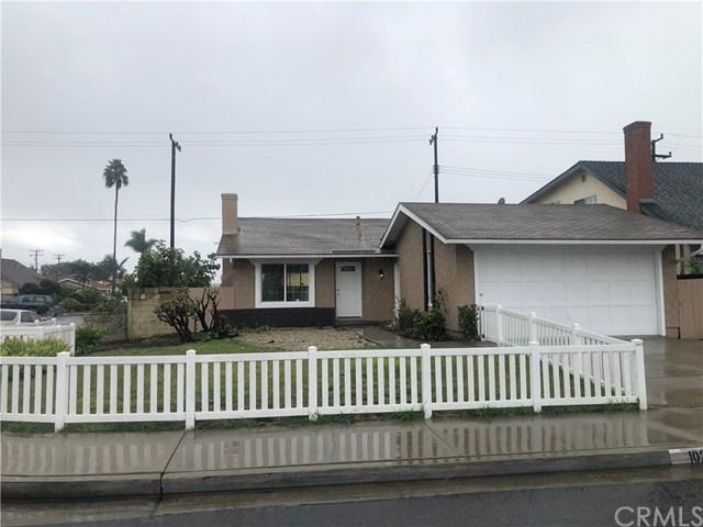 102 W 230th Street, Carson, CA 90745 (#SB18281992) :: Fred Sed Group