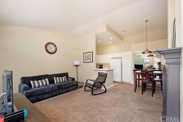 75 Castano, Rancho Santa Margarita, CA 92688 (#OC18282749) :: Doherty Real Estate Group
