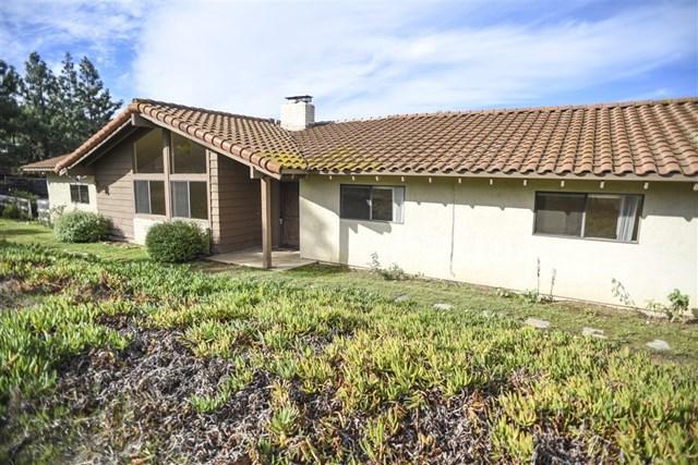 19939 Fortuna Del Este, Escondido, CA 92029 (#180065737) :: Fred Sed Group