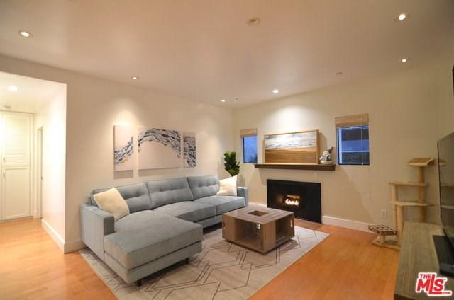 2540 S Centinela Avenue #7, Los Angeles (City), CA 90064 (#18413434) :: Mainstreet Realtors®