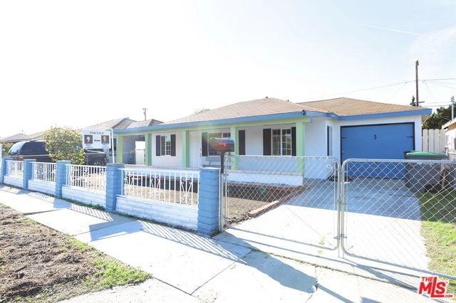 22619 Neptune Avenue, Carson, CA 90745 (#18413698) :: Fred Sed Group