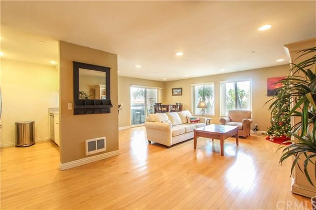 200 S Catalina Avenue #304, Redondo Beach, CA 90277 (#SB18287585) :: Fred Sed Group