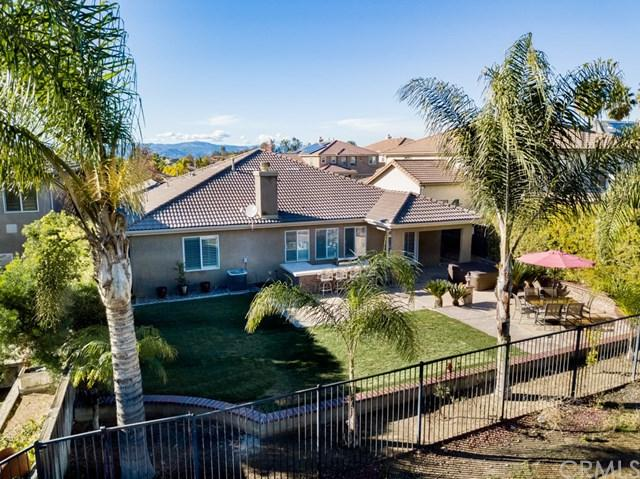 38564 Royal Troon Drive, Murrieta, CA 92563 (#SW18287699) :: Kim Meeker Realty Group