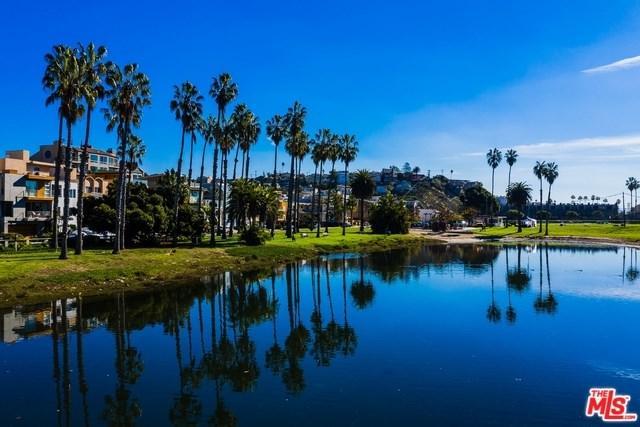 6529 Esplanade, Playa Del Rey, CA 90293 (#18414346) :: Team Tami