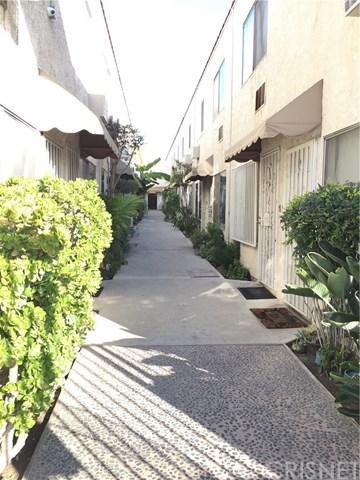 11015 Kittridge Street #115, North Hollywood, CA 91606 (#SR18288735) :: Mainstreet Realtors®