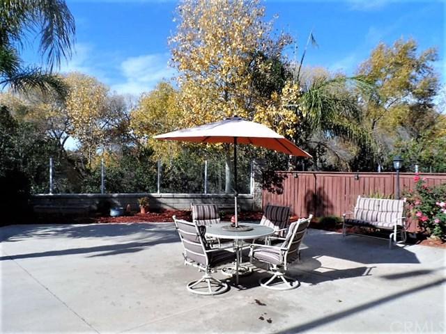 39960 Millbrook Way # A Way, Murrieta, CA 92563 (#SW18290124) :: Kim Meeker Realty Group