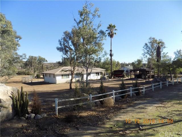 24520 Juniper Springs Road, Homeland, CA 92548 (#IV18291381) :: Fred Sed Group