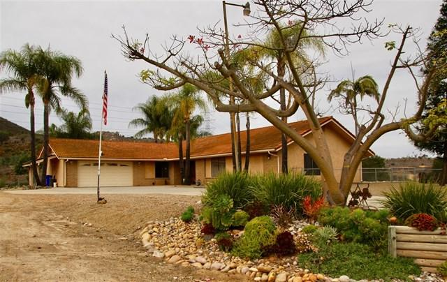 21303 Bresa De Loma Dr, Escondido, CA 92029 (#180067610) :: Fred Sed Group