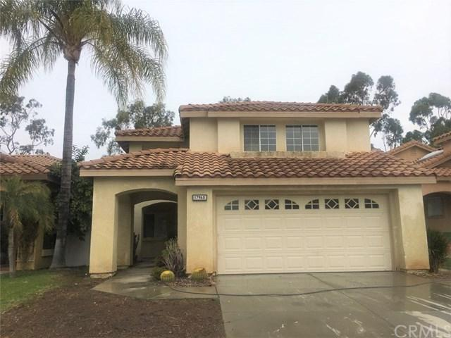 17968 Spring View Court, Riverside, CA 92503 (#IV18291813) :: Kim Meeker Realty Group