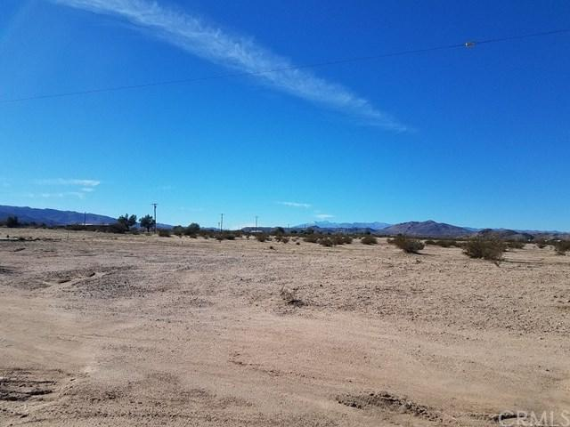 0 Corner Of Sunfair And Sunview, Joshua Tree, CA 92252 (#PW19001406) :: Steele Canyon Realty