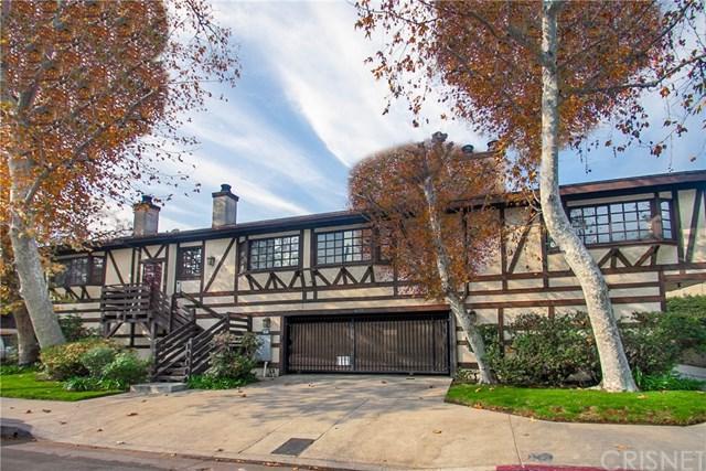 4633 Ben Avenue #2, Valley Village, CA 91607 (#SR19009132) :: Kim Meeker Realty Group