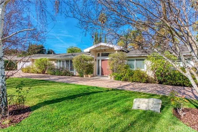 17615 Mccormick Street, Encino, CA 91316 (#SR19013282) :: RE/MAX Masters