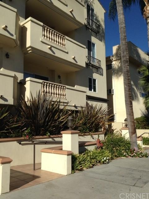 14343 Burbank Boulevard #302, Sherman Oaks, CA 91401 (#SR19014147) :: Allison James Estates and Homes