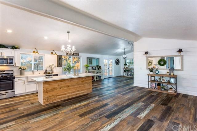 4873 La Mesa Road, Phelan, CA 92371 (#OC18292636) :: Pam Spadafore & Associates