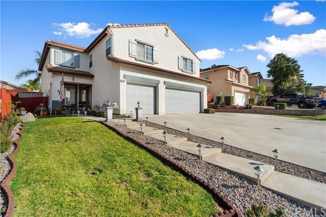 8360 Manhasset Street, Riverside, CA 92508 (#IV19023711) :: The DeBonis Team