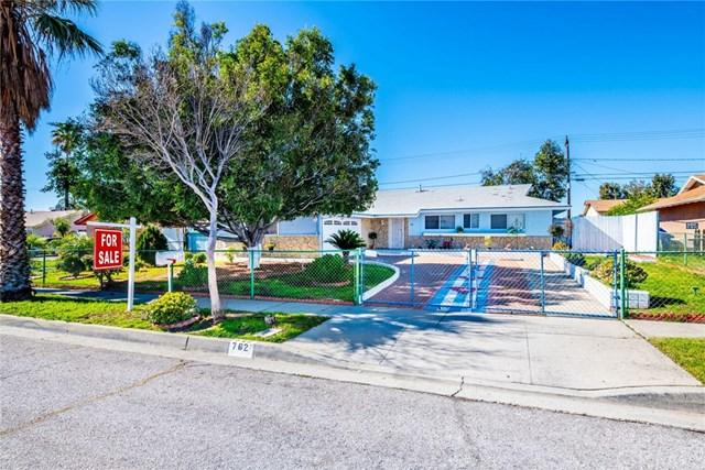 762 N Rosalind Avenue, Rialto, CA 92376 (#IG19026976) :: Mainstreet Realtors®