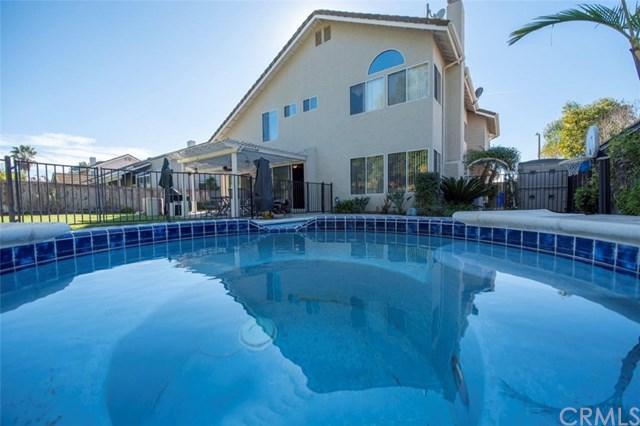 326 Lustrosos Street, Oceanside, CA 92057 (#ND19029423) :: Team Tami
