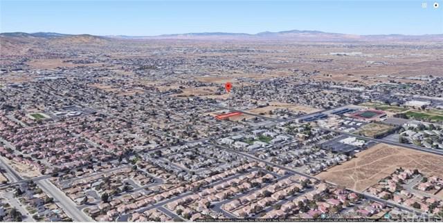 1768 E. Avenue R, Palmdale, CA 93550 (#SW19034695) :: The Laffins Real Estate Team