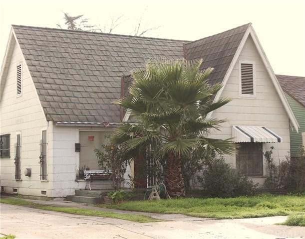 2739 N Pershing Avenue, San Bernardino, CA 92405 (#CV19035254) :: The Laffins Real Estate Team