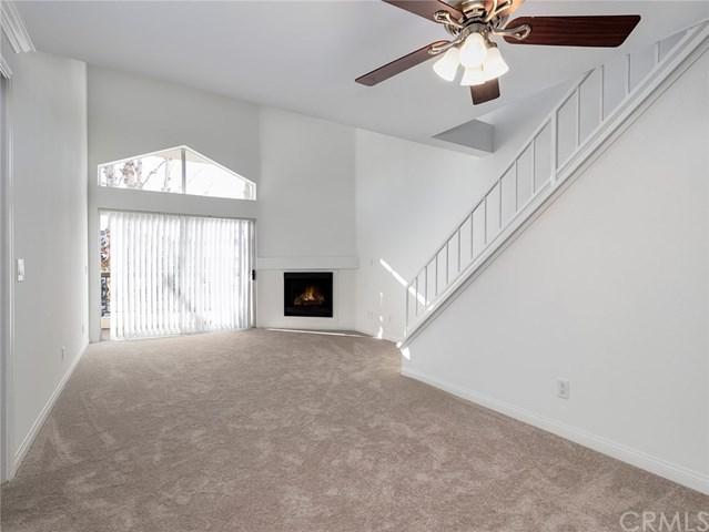 5510 Owensmouth Avenue #312, Woodland Hills, CA 91367 (#BB19039255) :: The Brad Korb Real Estate Group