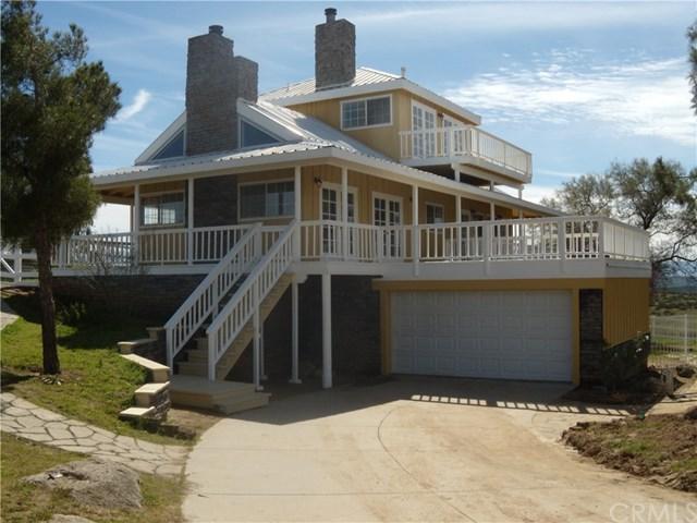 39201 San Ignacio Road, Hemet, CA 92544 (#SW19040825) :: The Laffins Real Estate Team