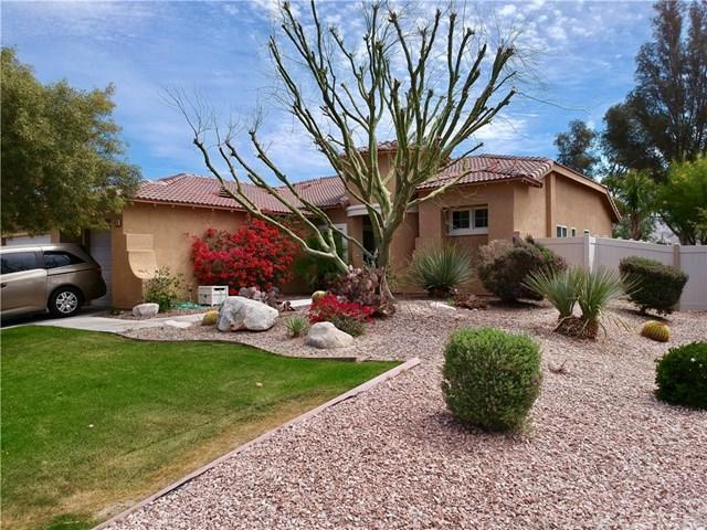 8974 Silver Star Avenue, Desert Hot Springs, CA 92240 (#JT19050896) :: Fred Sed Group