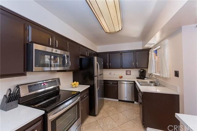 330 N Howard Street #203, Glendale, CA 91206 (#SR19054646) :: J1 Realty Group