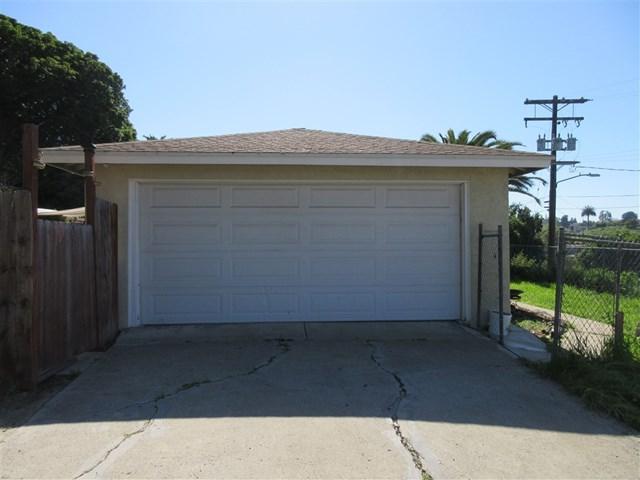 2505 Arcadia Ave, Lemon Grove, CA 91945 (#190013666) :: J1 Realty Group