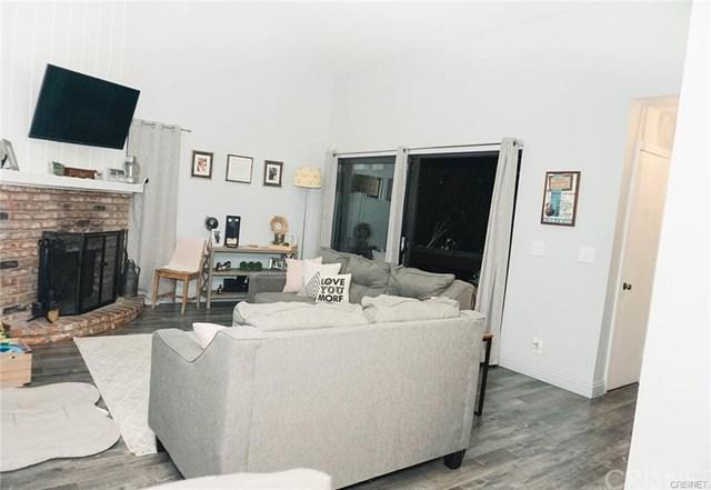 7301 Balboa Boulevard #6, Lake Balboa, CA 91406 (#SR19063043) :: J1 Realty Group