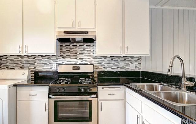 263 Orange Blossom #49, Irvine, CA 92618 (#OC19063285) :: Doherty Real Estate Group