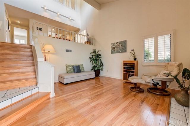 29 Laguna Court, Manhattan Beach, CA 90266 (#SB19069315) :: Kim Meeker Realty Group