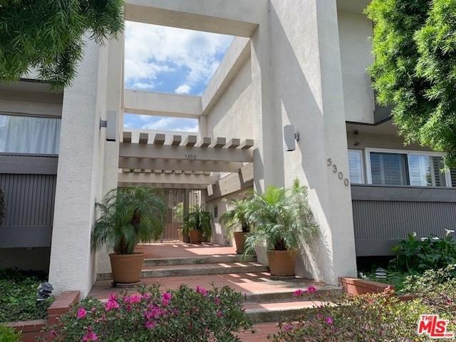 5300 Fairview #16, Los Angeles (City), CA 90056 (#19451120) :: Go Gabby