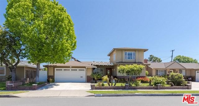 15332 Stanford Lane, Huntington Beach, CA 92647 (#19456018) :: Fred Sed Group