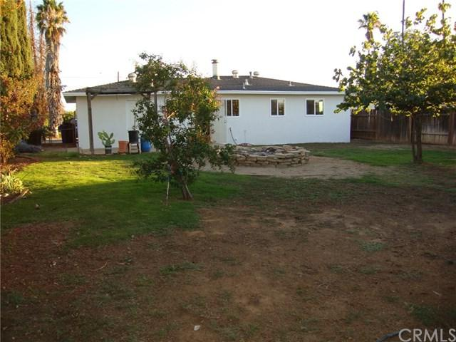 33916 Avenue I, Yucaipa, CA 92399 (#EV19086733) :: Mainstreet Realtors®