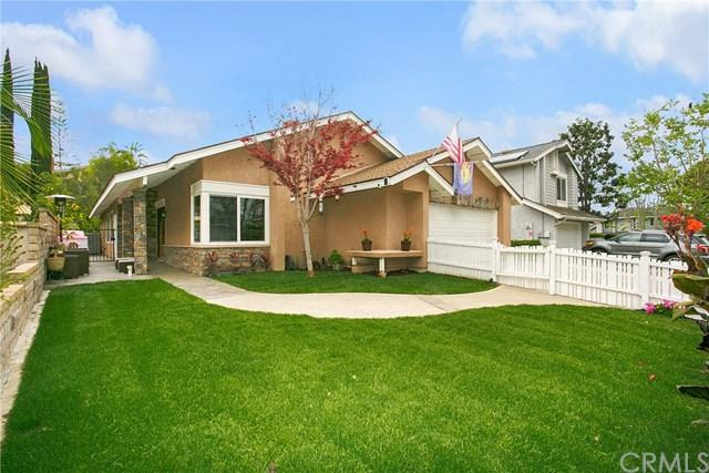 24722 Clarington Drive, Laguna Hills, CA 92653 (#OC19086262) :: Doherty Real Estate Group