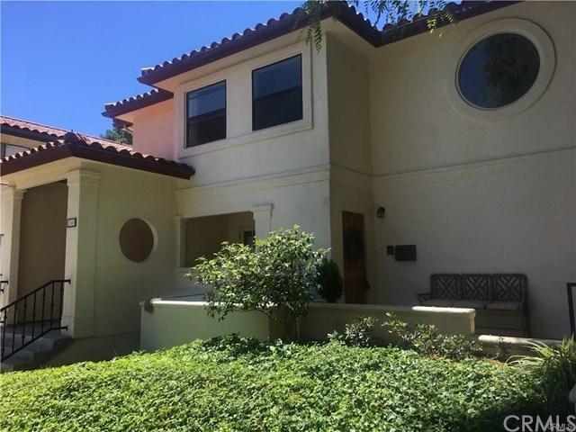 1163 W 11th Street #4, San Pedro, CA 90731 (#SB19089573) :: Millman Team