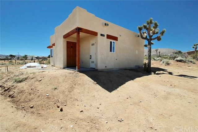 6785 San Angelo Avenue, Joshua Tree, CA 92252 (#JT19089747) :: Berkshire Hathaway Home Services California Properties