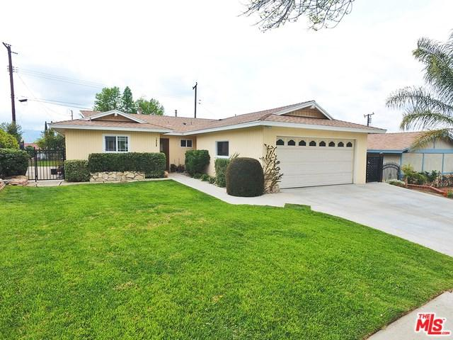 19508 Steinway Street, Canyon Country, CA 91351 (#19458956) :: Fred Sed Group